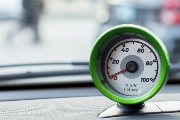 Battery guage SMART electric car - VEVA/BCSEA electric vehicle show 2014