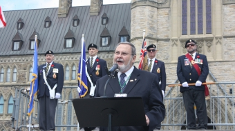 Peter Goldring in front of Ottawa Parliamentary building, May 31, 2012 (2)